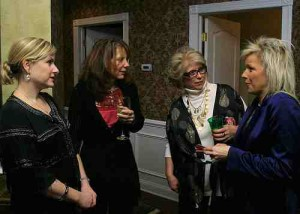 picture of ladies networking